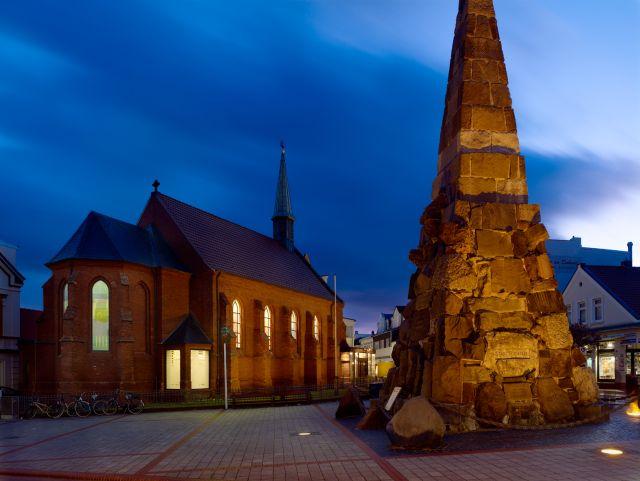 St. Ludgerus Norderney bei Nacht